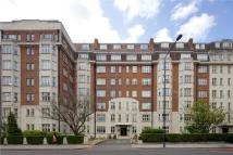 3 bed Flat in Wellington Court...