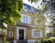 6 bedroom Detached house to rent in Cavendish Avenue...