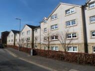 2 bedroom Flat in 21 Parkholm Court...