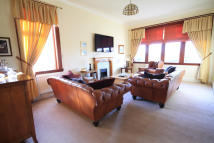 4 bedroom Detached Bungalow in The Neuk...