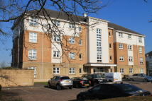 3 bedroom Flat in 2 The Paddock, Hamilton...