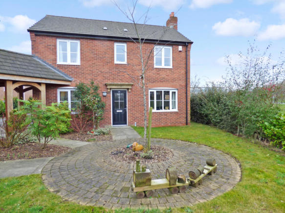 3 Bedroom Detached House For Sale In 29 Home Park Drive