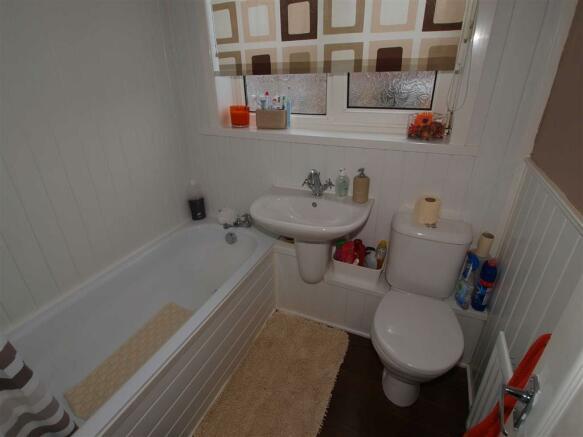 Bathroom / W.C.