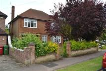 3 bed Detached home to rent in Sutton Avenue, Langley