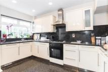 5 bed Town House for sale in Dell Way, Ealing