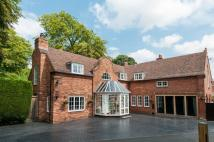 4 bed Detached house for sale in Wolverley Village...