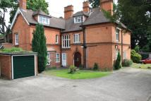 2 bed Flat for sale in Middle Hill, Egham...