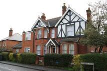 Flat to rent in Osborne Road, Egham
