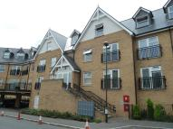 Flat to rent in Tanners Close, Crayford...