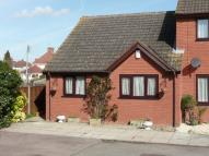 2 bed Semi-Detached Bungalow in The Drift, Badsey...