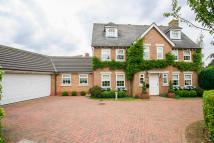 6 bed Detached house in TEMPEST MEAD...
