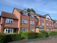 Flat in Cobham Green, Whitnash...