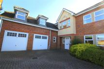 Detached house in Seymour Close...