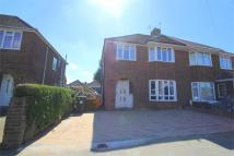 3 bed semi detached property to rent in Woodstock Avenue...