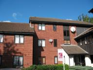 Flat in Exeter Court, DIDCOT