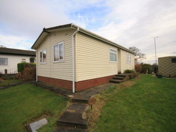 2 Bedroom House For Sale In Home Farm Park Lea Green Lane Church