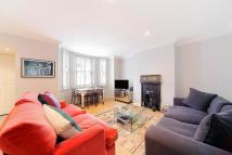 2 bed Flat in Dyne Road, London, NW6