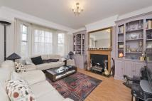 3 bed Flat for sale in St Quintin Avenue...