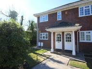 2 bed Flat in Lawswood Victoria Road...