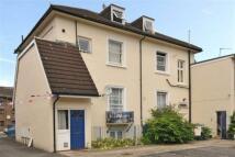 Flat to rent in Uxbridge Road, London...