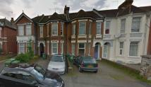 Apartment to rent in Atherley Road, Shirley