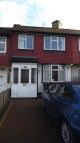 3 bedroom house in Knollmead, Surbiton, KT5