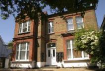 Flat to rent in CASTELNAU, London, SW13