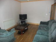 4 bedroom semi detached property to rent in CAMBRIDGE CLOSE...