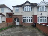 3 bedroom semi detached house in CAMBRIDGE CLOSE...