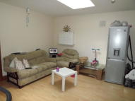 2 bedroom Ground Flat to rent in PARK ROAD, Hounslow, TW3