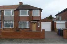 3 bedroom semi detached property in Jenifer Grove...