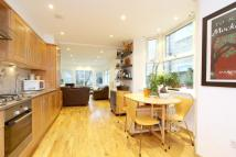 2 bed Flat for sale in Roding Road, Clapton, E5