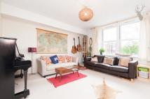 Flat for sale in Evesham House...