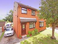 3 bed semi detached property for sale in Sandlewood Close, Leeds...