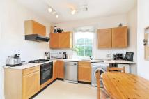 Flat for sale in Sheen Lane, Mortlake...