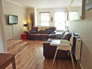Maisonette to rent in Sheen Lane, Mortlake...