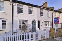 Cottage to rent in Thorne Street, Barnes...