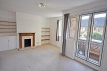 Flat to rent in Sussex Court, Grove Road...