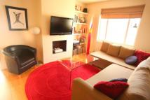 3 bed house to rent in Swinburne Road, Putney...