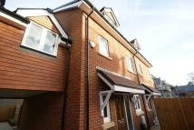 4 bed Town House in Malthouse Way...