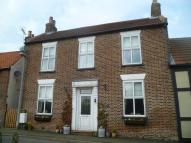 2 bedroom Detached house in South Street...