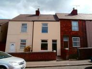 2 bed property to rent in Rothervale Road...