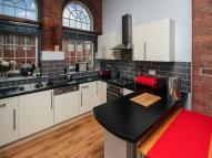 Flat to rent in Cornish Place Cornish...