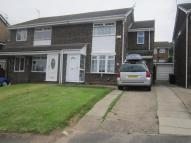 3 bed semi detached house in Meadowgate...