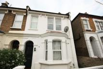 Flat in Birkbeck Avenue, Acton