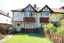 3 bedroom home in Avenue Gardens, London
