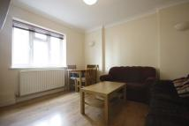 Flat in Rosebank Way, Acton