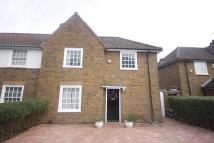 3 bed End of Terrace home in Saxon Drive, London