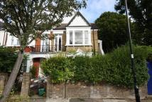 1 bedroom Flat for sale in Woodhurst Road, Acton