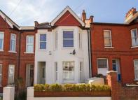 Flat for sale in Berrymead Gardens, Acton